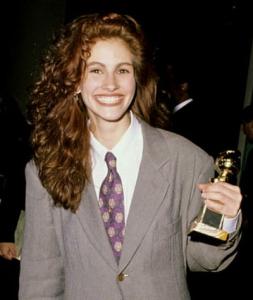 Julia-Roberts-Golden-Globe-1990-Armani